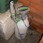insecticide-pump-spray
